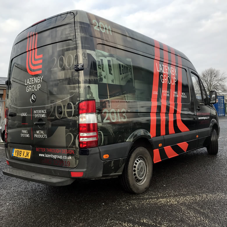 Vehicle Graphics in Hull 8